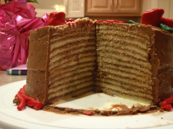 900_620856qLaa_13-layer-cake