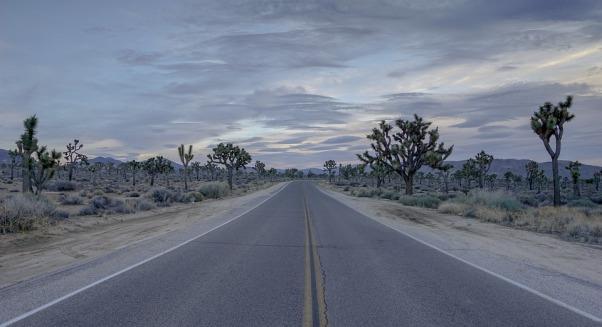 road-2068900_960_720