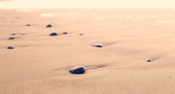 pebbles-801952_960_720