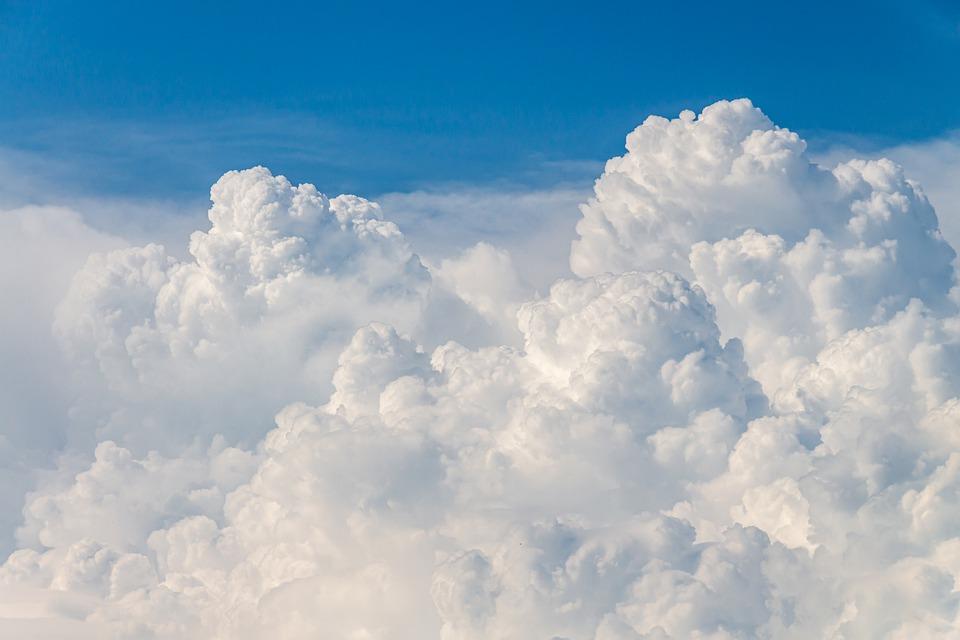 clouds-4215608_960_720